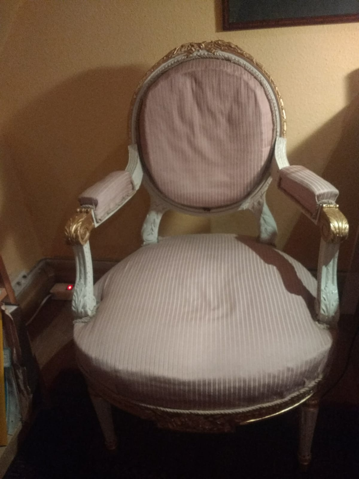 Ein Louis XVI-Stuhl aus dem Besitz von Madame